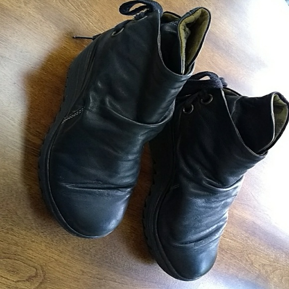 b5ccd629558 Fly London Shoes - Womens Fly London Black Yama Ankle Bootie Sz 41